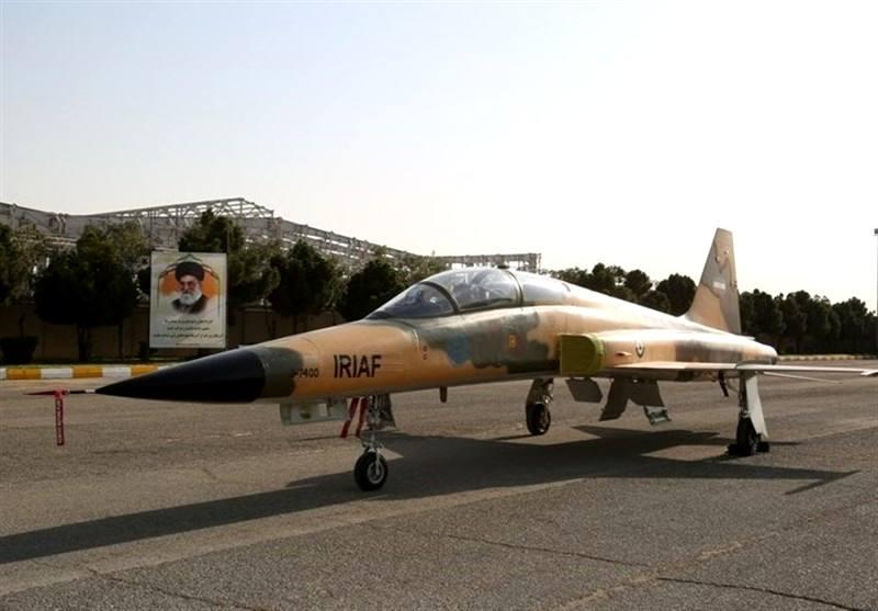رونمایی از نخستین هواپیمای جنگی ساخت ایران
